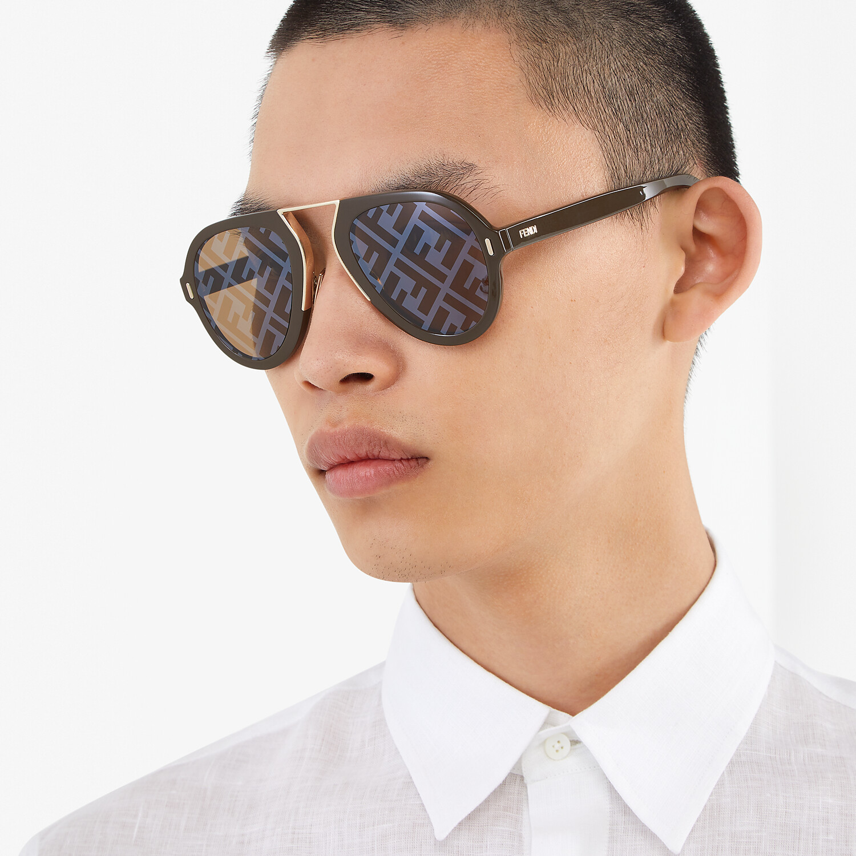 FENDI FENDI FORCE - 棕色太陽眼鏡 - view 4 detail