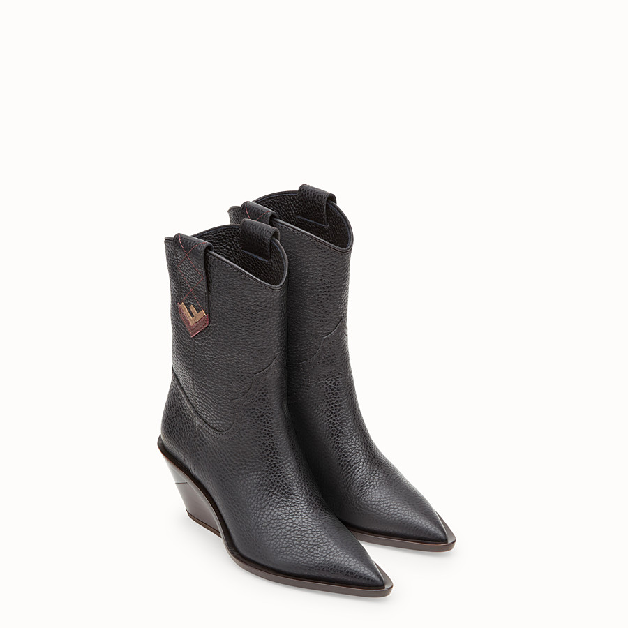 FENDI BOOTS - Black leather ankle boots - view 4 detail