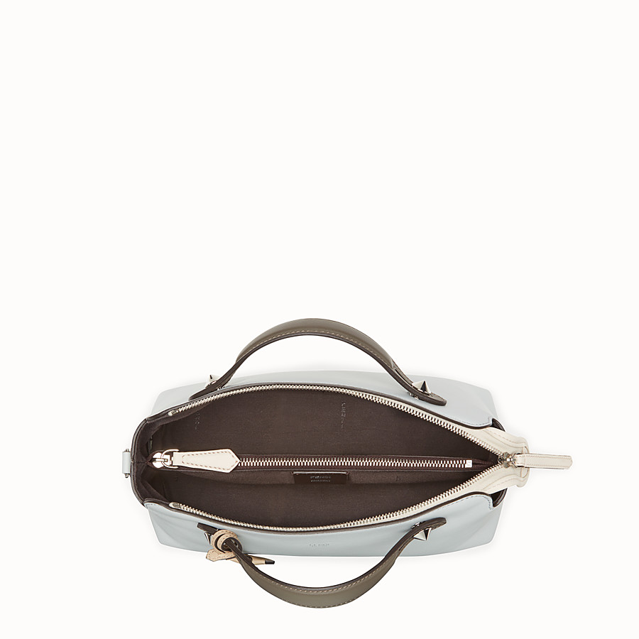 FENDI BY THE WAY REGULAR - Sac Boston en cuir gris - view 4 detail