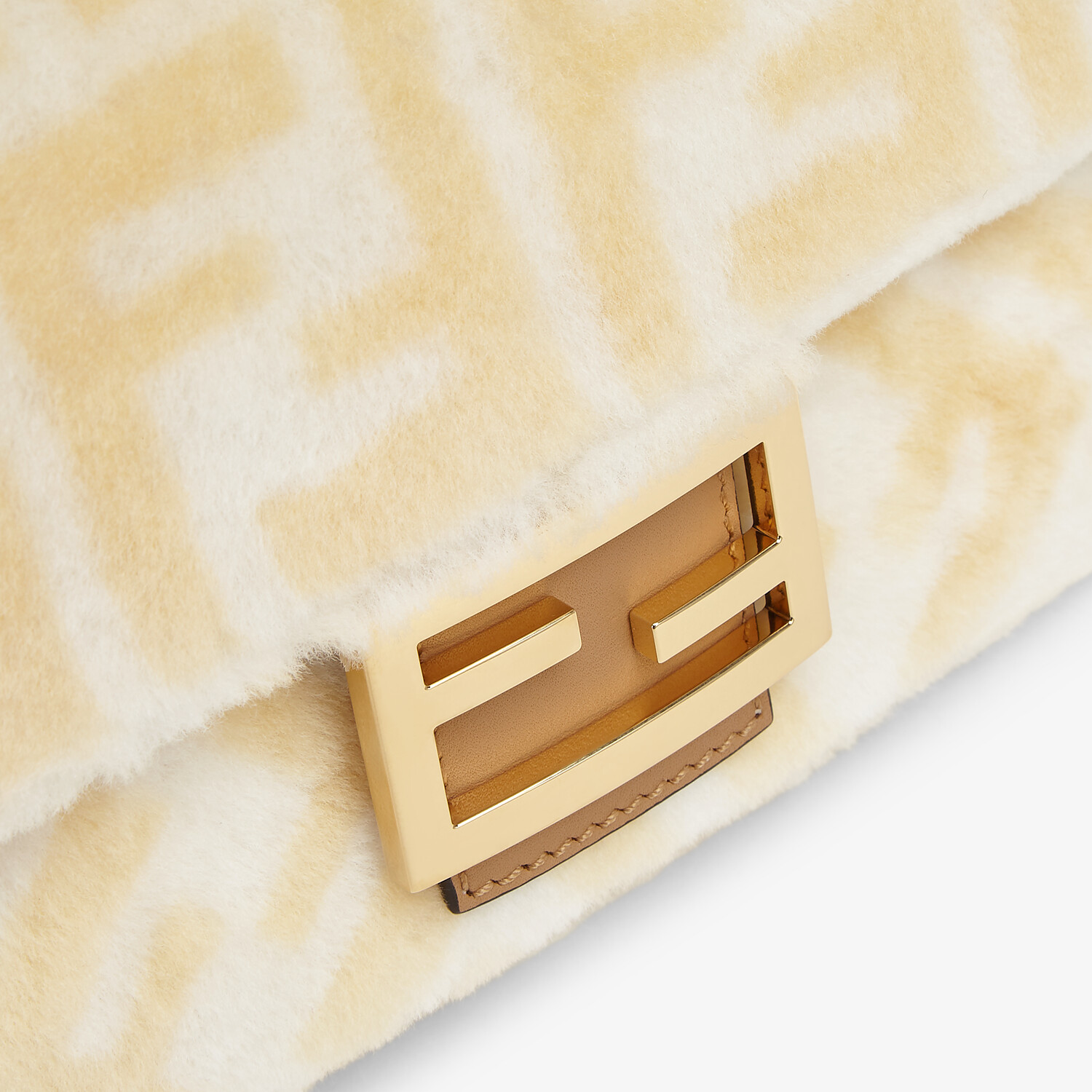 FENDI BAGUETTE - Macro FF shearling bag - view 5 detail