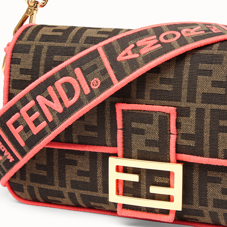 FENDI BAGUETTE - Fendi Roma Amor fabric bag - view 5 detail