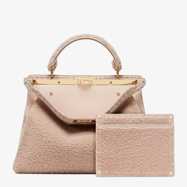 FENDI PEEKABOO ISEEU LARGE - Pink sheepskin bag - view 4 detail