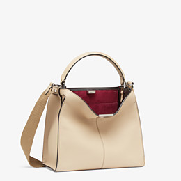 FENDI PEEKABOO X-LITE MEDIUM - Tasche aus Leder in Beige - view 4 thumbnail