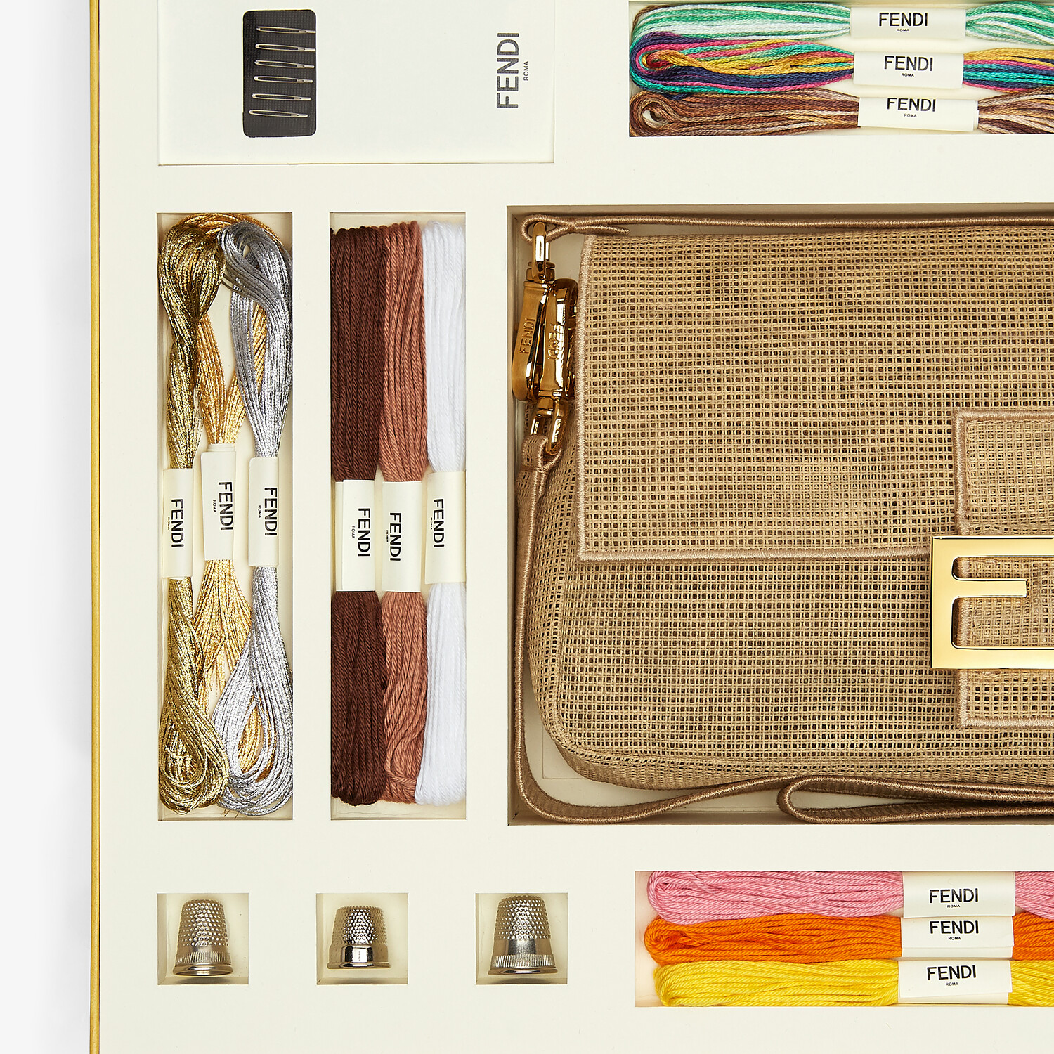 FENDI BAGUETTE - Bag with embroidery kit for adding a personal touch - view 2 detail