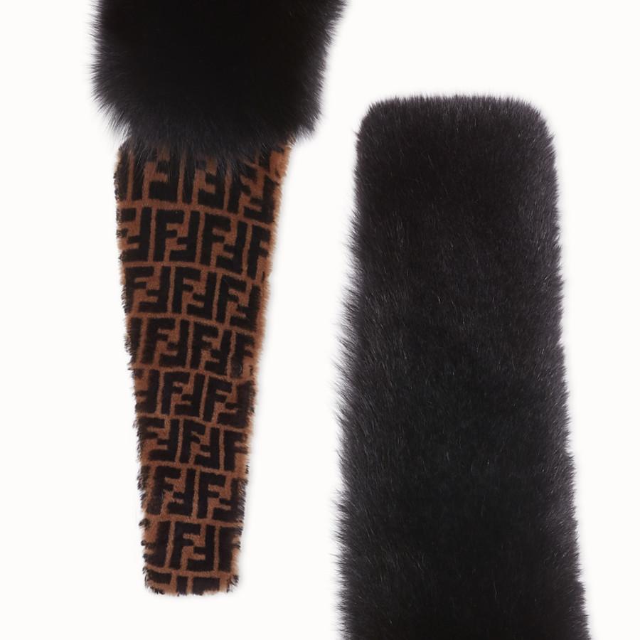 FENDI COLLAR - Black fox fur collar - view 3 detail