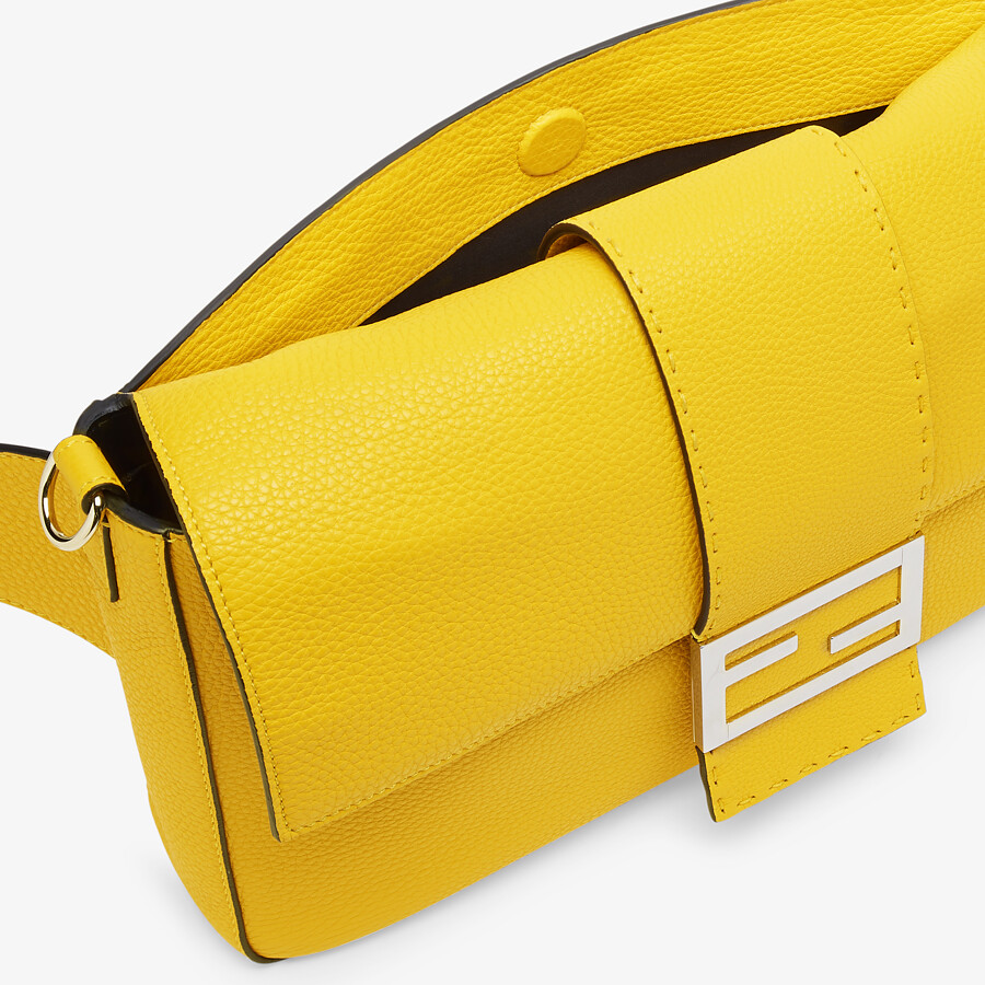 FENDI BAGUETTE LARGE - Yellow leather bag - view 6 detail