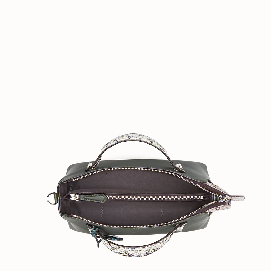 FENDI BY THE WAY REGULAR - Sac Boston en cuir vert gazon - view 4 detail