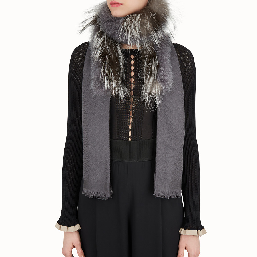 FENDI TOUCH OF FUR STOLE - Gray wool and cashmere stole - view 3 detail