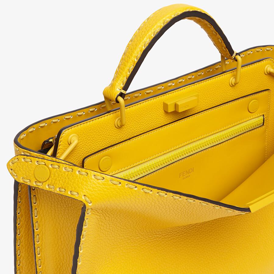 FENDI PEEKABOO ISEEU MEDIUM - Yellow leather bag - view 6 detail
