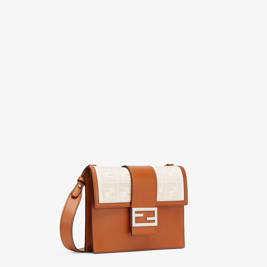 FENDI FLAT BAGUETTE - Brown leather bag - view 2 detail