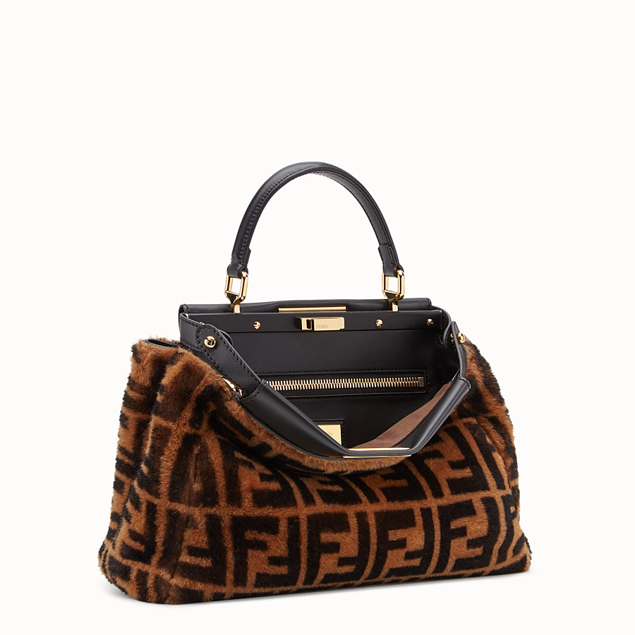 FENDI PEEKABOO ICONIC MEDIUM - Sac en peau de mouton marron - view 3 detail