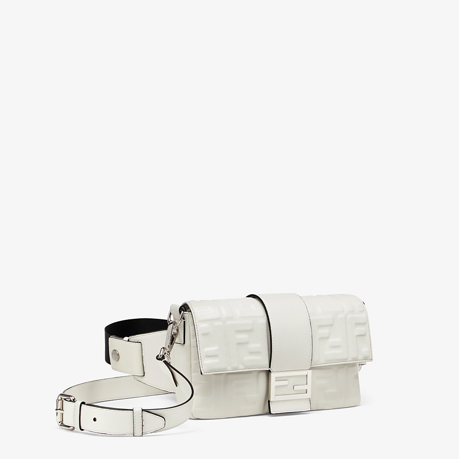 FENDI BAGUETTE - White nappa leather bag - view 2 detail