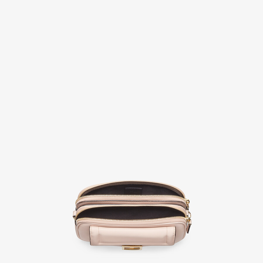 FENDI EASY 2 BAGUETTE - Minibag in pelle rosa - vista 4 dettaglio