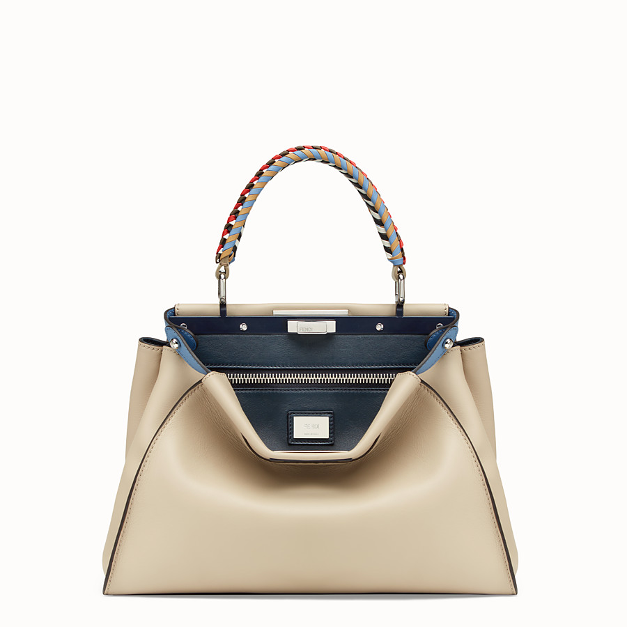 FENDI PEEKABOO REGULAR - Tasche aus Leder in Beige - view 1 detail