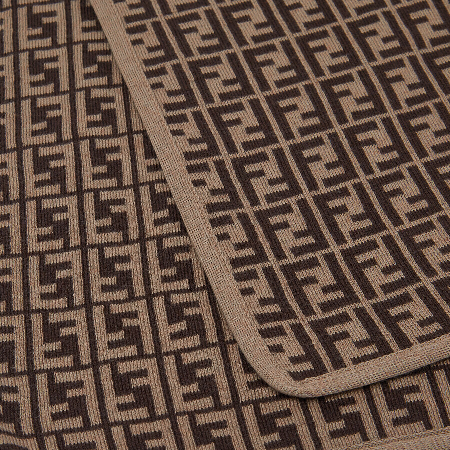 FENDI BABY BLANKET - Cotton and cashmere knit blanket with FF logo - view 3 detail