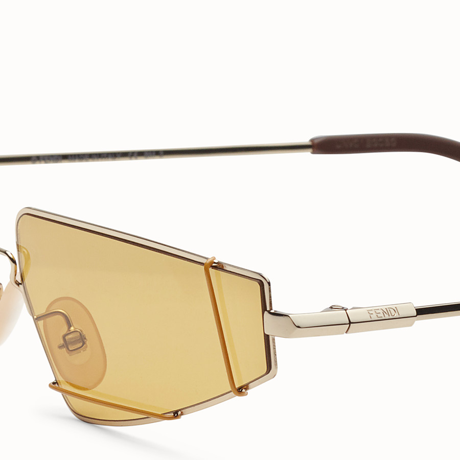 FENDI FENDIFIEND - Brown and gold sunglasses - view 3 detail