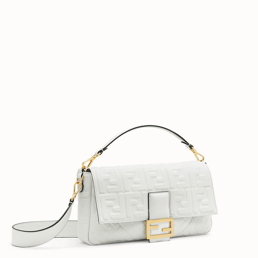 FENDI BAGUETTE LARGE - White leather bag - view 2 detail