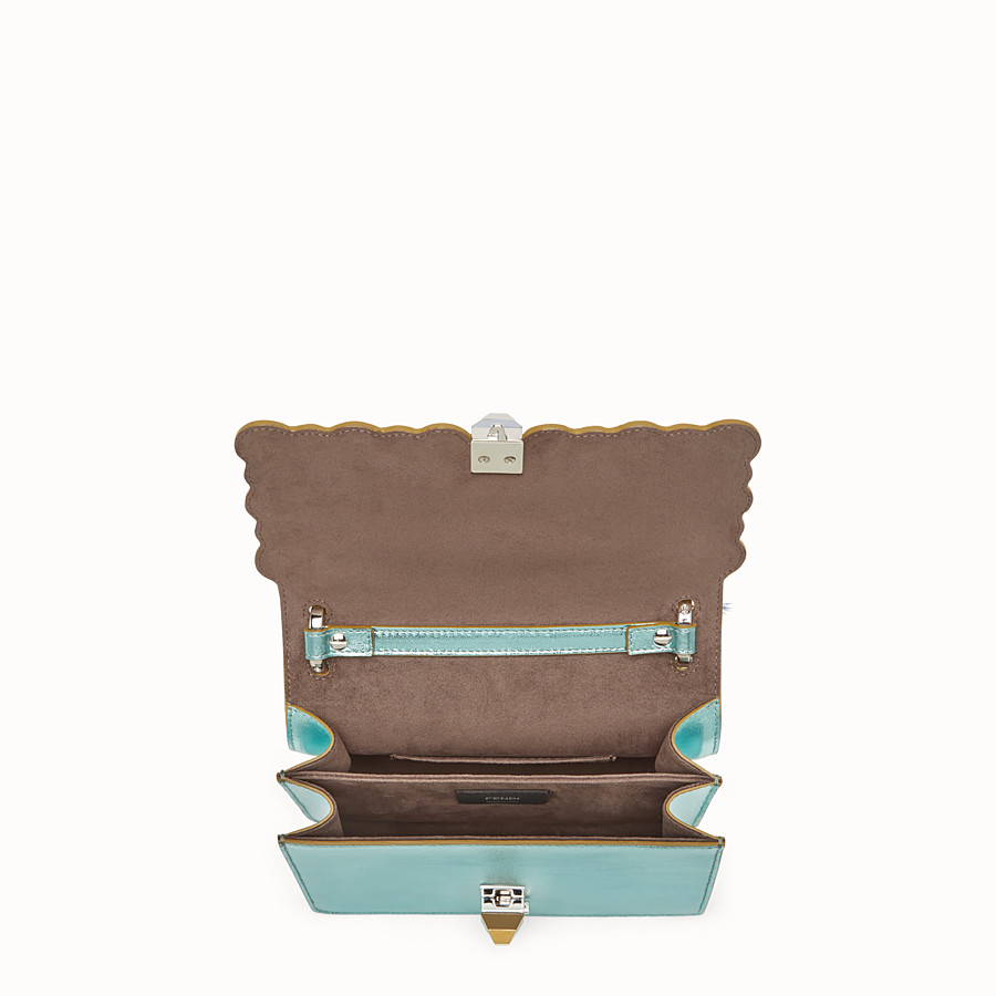 FENDI 小型款式KAN I - 淺藍色壓層皮革迷你手袋 - view 4 detail