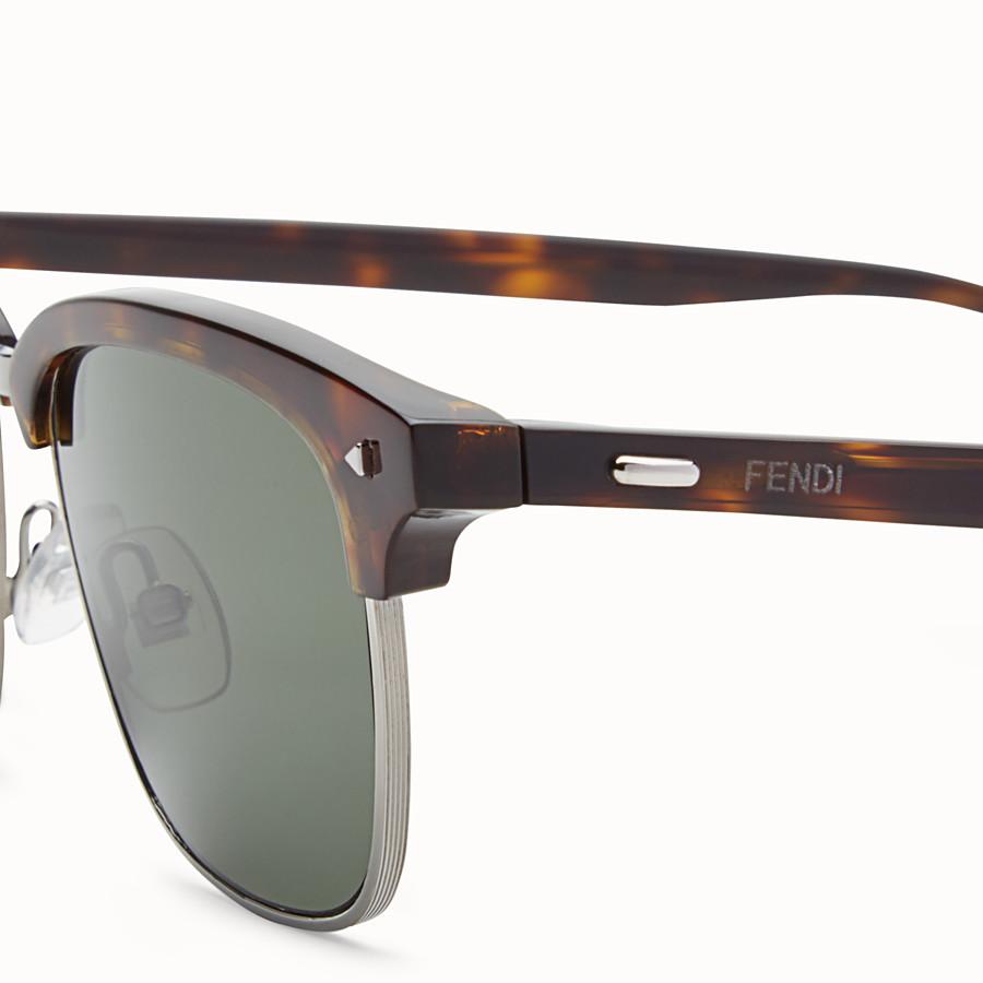 FENDI 펜디 썬 펀 - 하바나 컬러 및 루테늄 선글라스 - view 3 detail