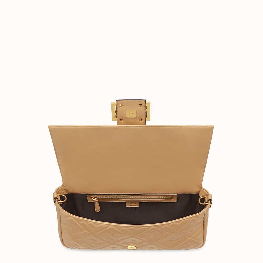 FENDI BAGUETTE LARGE - Tasche aus Leder in Beige - view 5 detail