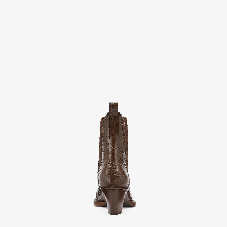 FENDI KARLIGRAPHY - Tronchetto tacco medio in pelle marrone - vista 3 dettaglio