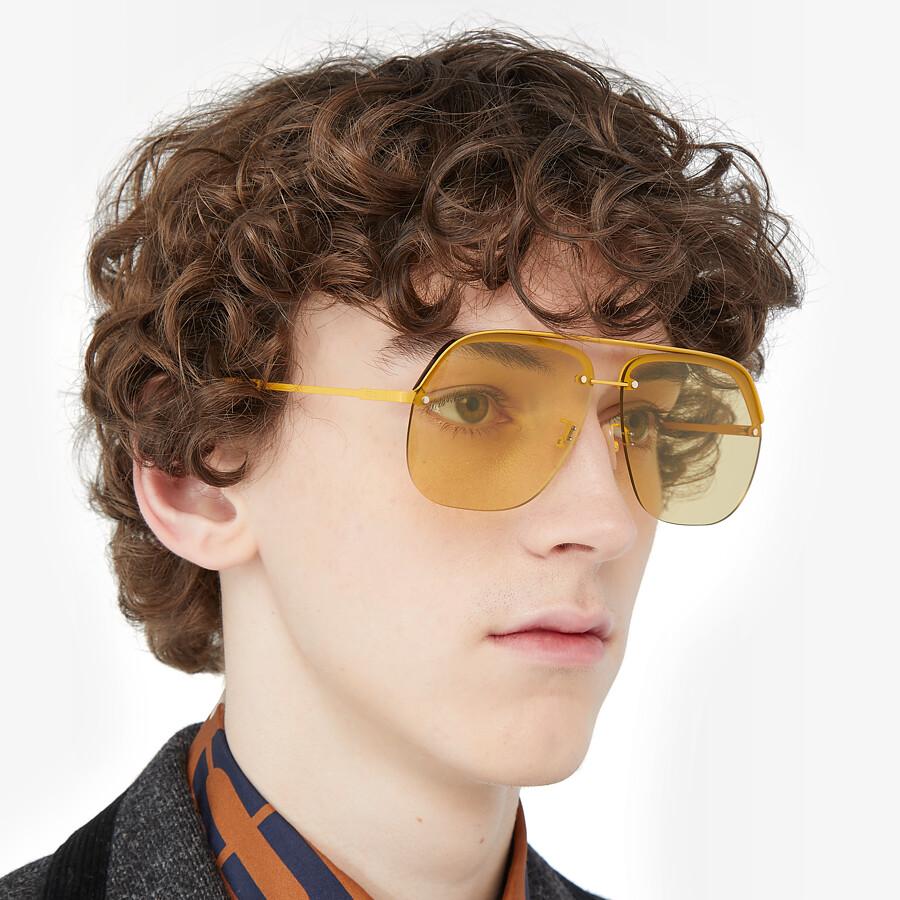 FENDI FENDI PACK - Yellow sunglasses - view 4 detail