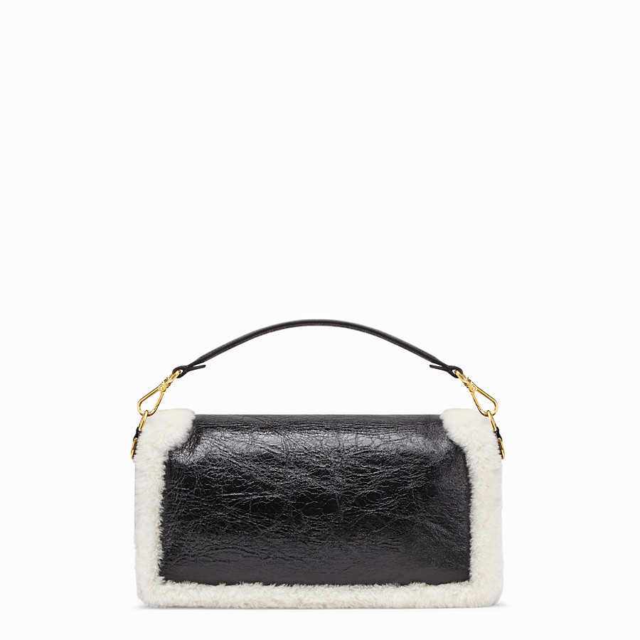 FENDI BAGUETTE LARGE - Black leather bag - view 4 detail
