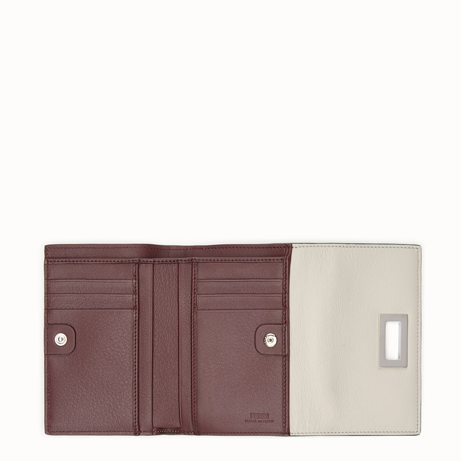 FENDI CONTINENTAL MEDIUM - Medium continental wallet in grey leather - view 5 detail