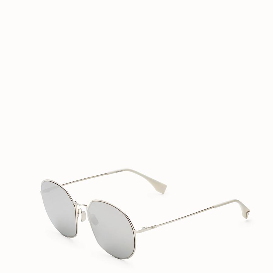 FENDI 아이라인 - 팔라듐 컬러의 선글라스 - view 2 detail