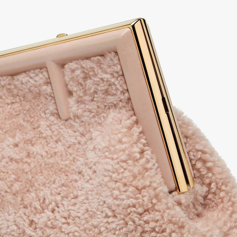 FENDI FENDI FIRST SMALL - Pink sheepskin bag - view 6 detail