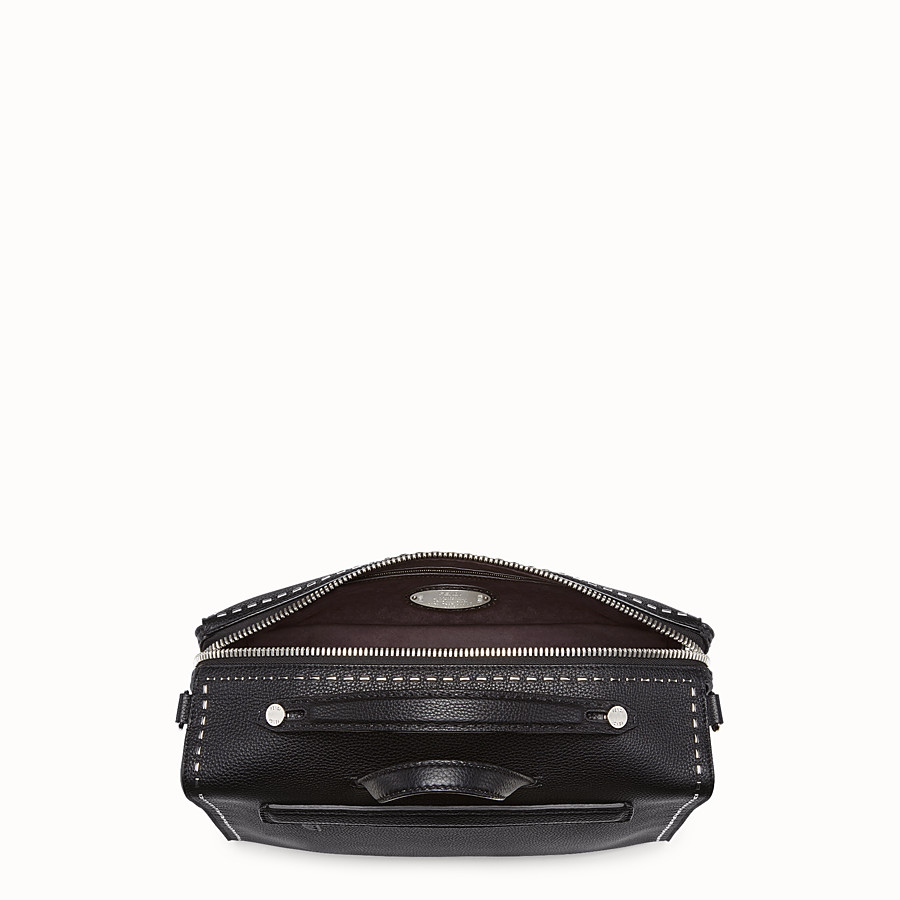 FENDI MESSENGER - Black leather Selleria shoulder bag - view 4 detail