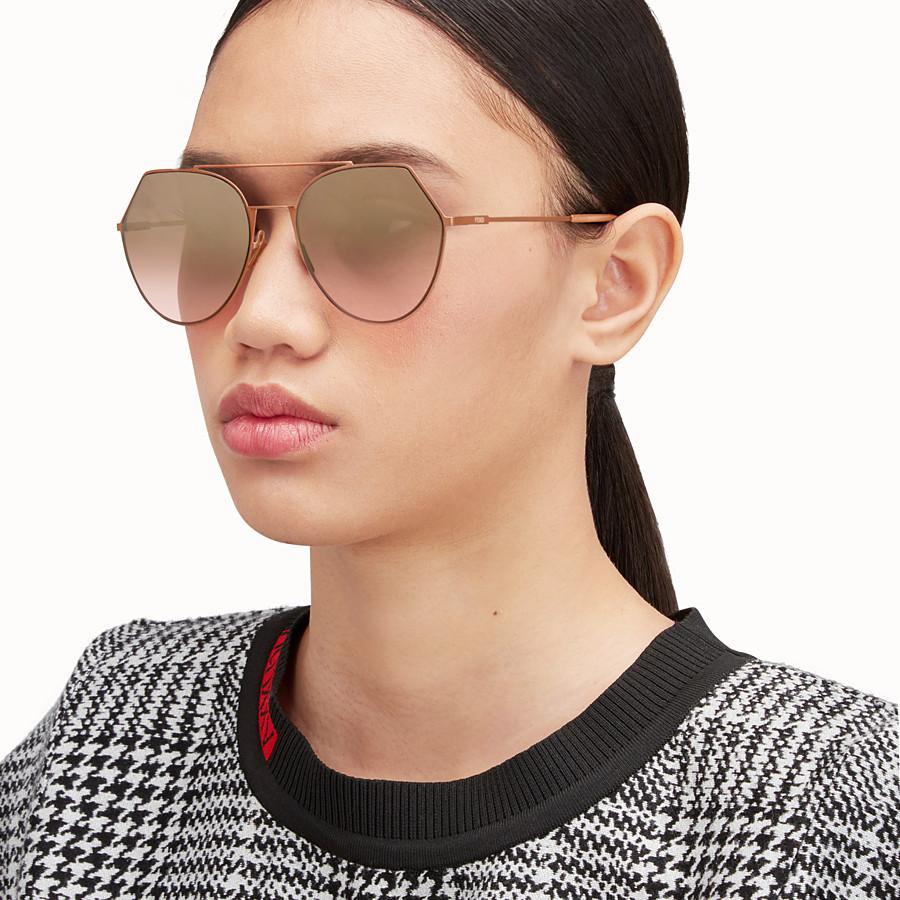 FENDI EYELINE - Occhiali da sole rosa matte. - vista 4 dettaglio