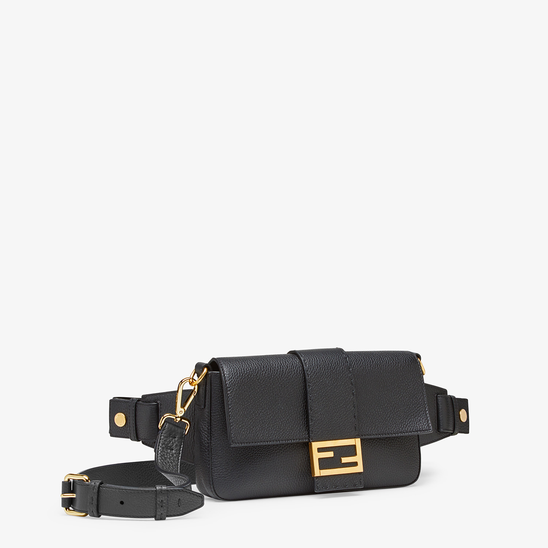FENDI BAGUETTE - Black leather bag - view 2 detail