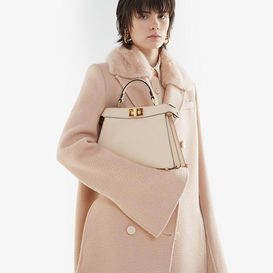 FENDI PEEKABOO ISEEU SMALL - Tasche aus Leder in Rosa - view 2 detail