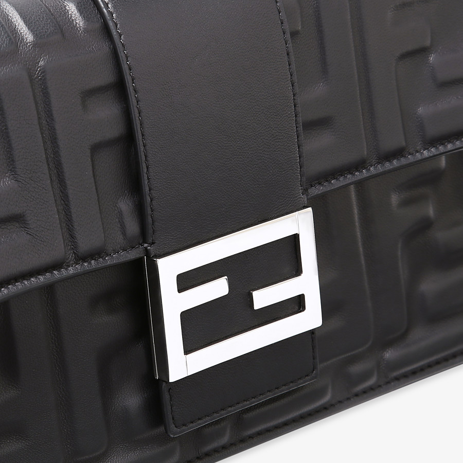 FENDI STANDING CLUTCH - Black nappa leather clutch - view 4 detail