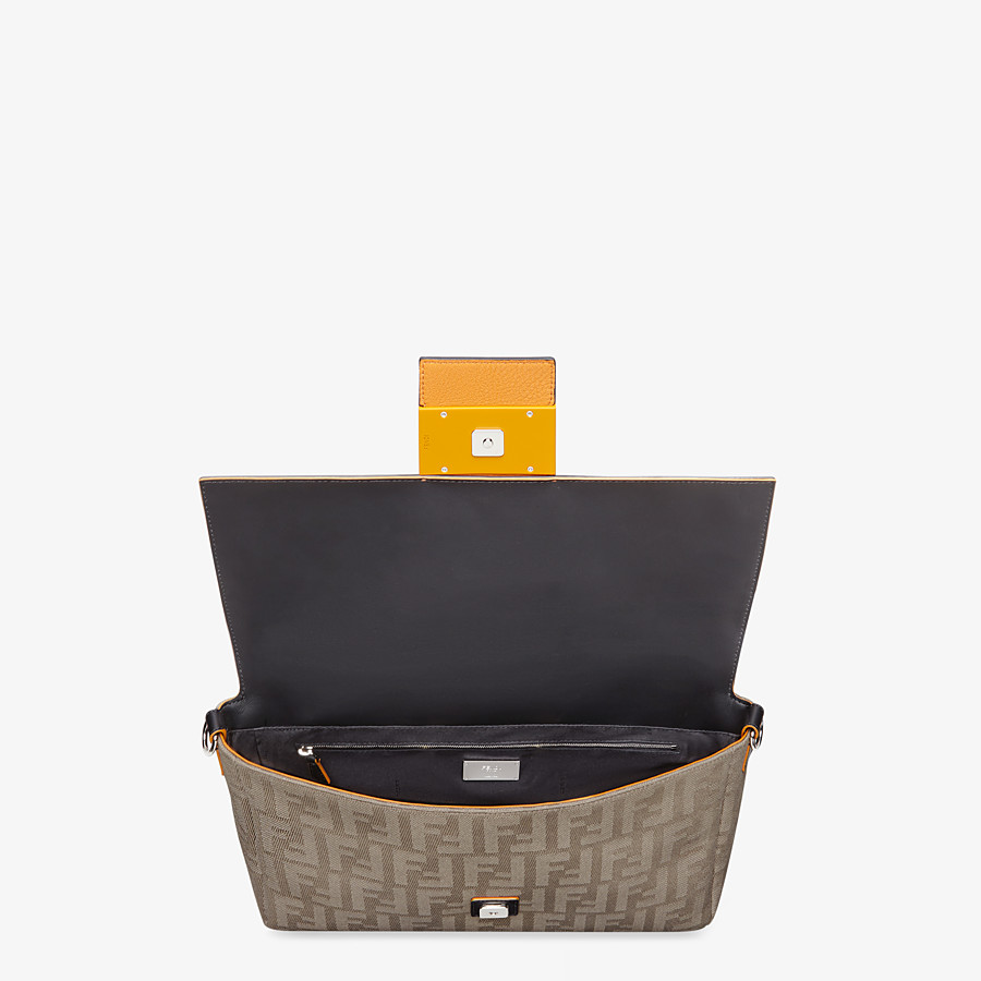 FENDI BAGUETTE LARGE - Brown canvas bag - view 5 detail