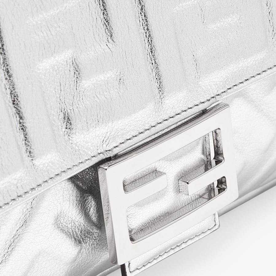 FENDI BAGUETTE - Fendi Prints On leather bag - view 6 detail