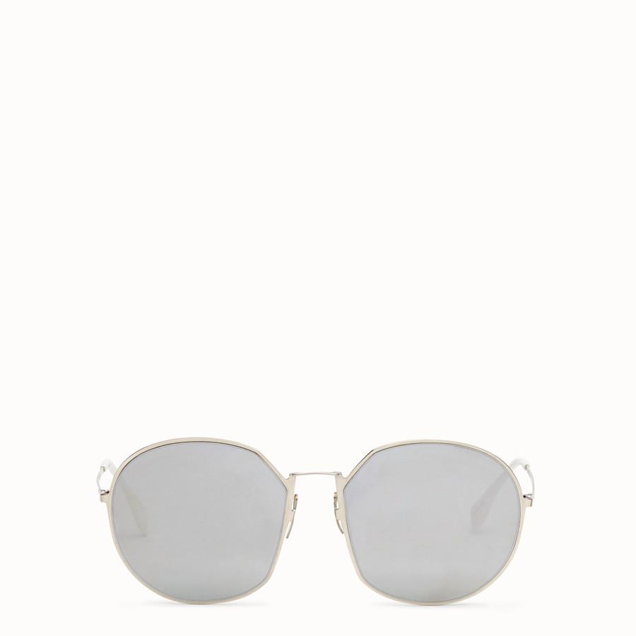 FENDI 아이라인 - 팔라듐 컬러의 선글라스 - view 1 detail