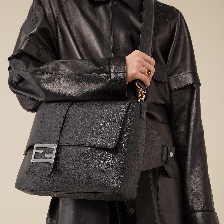 FENDI BAGUETTE - Black leather bag - view 7 detail