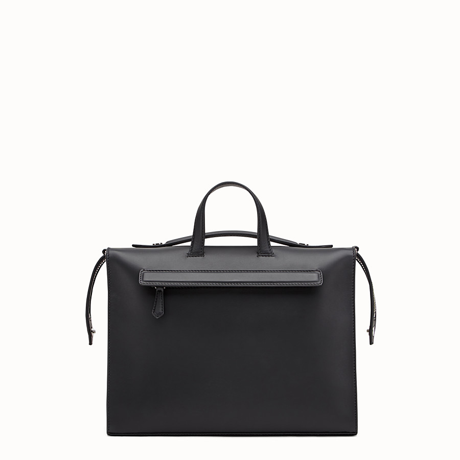 FENDI MESSENGER - Black leather shoulder bag - view 3 detail