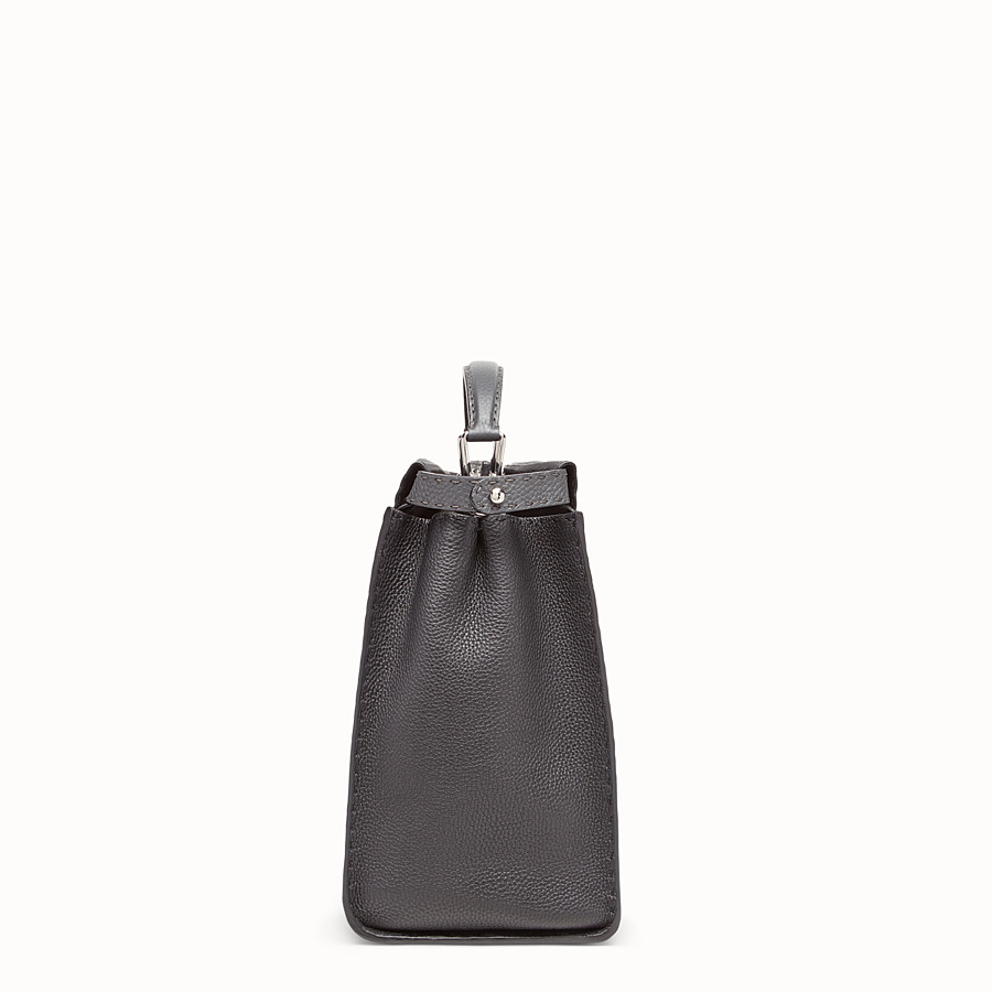 FENDI PEEKABOO REGULAR - Black leather bag - view 2 detail