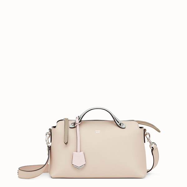 FENDI BY THE WAY REGULAR - Boston Bag aus Leder in Rosa - view 1 small thumbnail