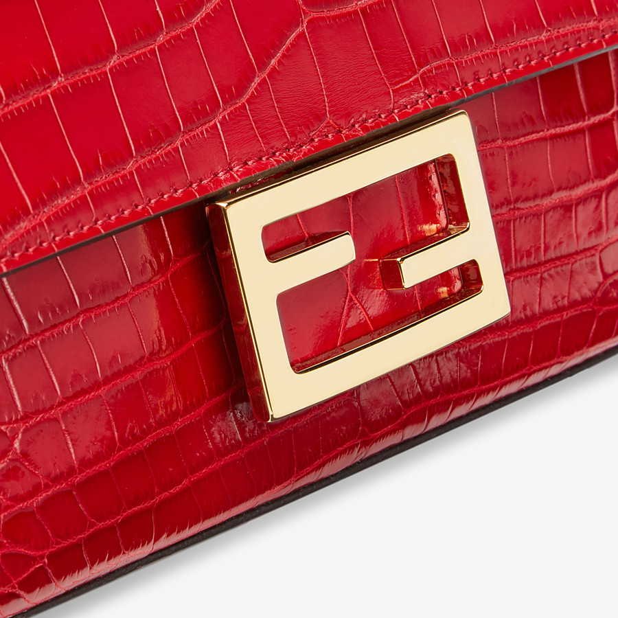 FENDI BAGUETTE - Red crocodile leather bag - view 5 detail