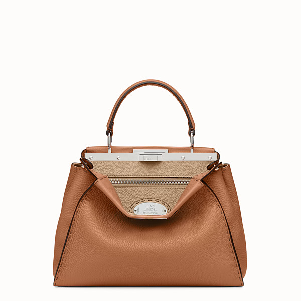 FENDI PEEKABOO REGULAR - bolso de mano de piel de color toffee - view 1 small thumbnail