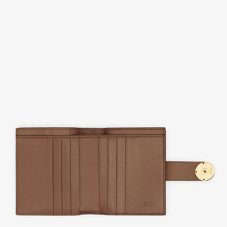 FENDI BIFOLD - Kompaktes Portemonnaie aus Leder in Braun - view 5 detail