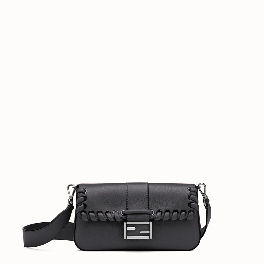 FENDI BAGUETTE - Black leather shoulder bag - view 1 detail
