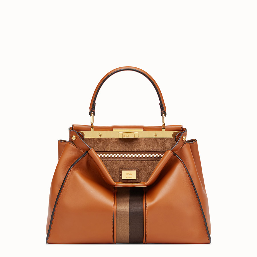 FENDI PEEKABOO ICONIC MEDIUM - Borsa in pelle marrone - vista 1 dettaglio