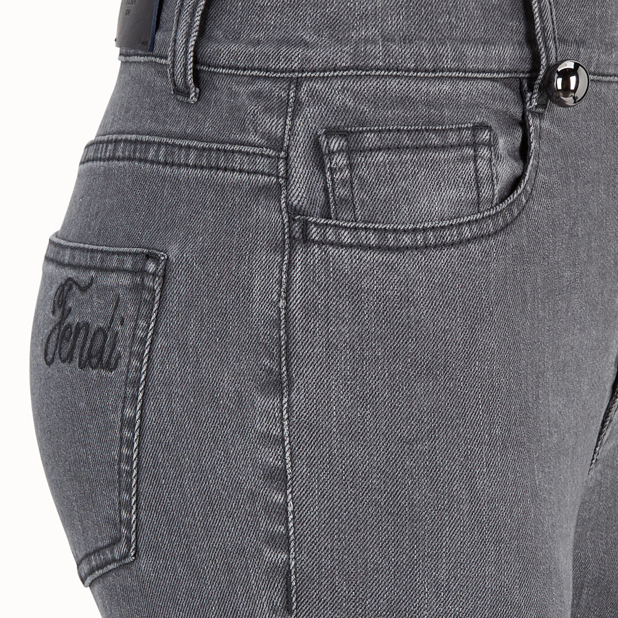 FENDI HOSE - Hose aus Denim in Grau - view 3 detail