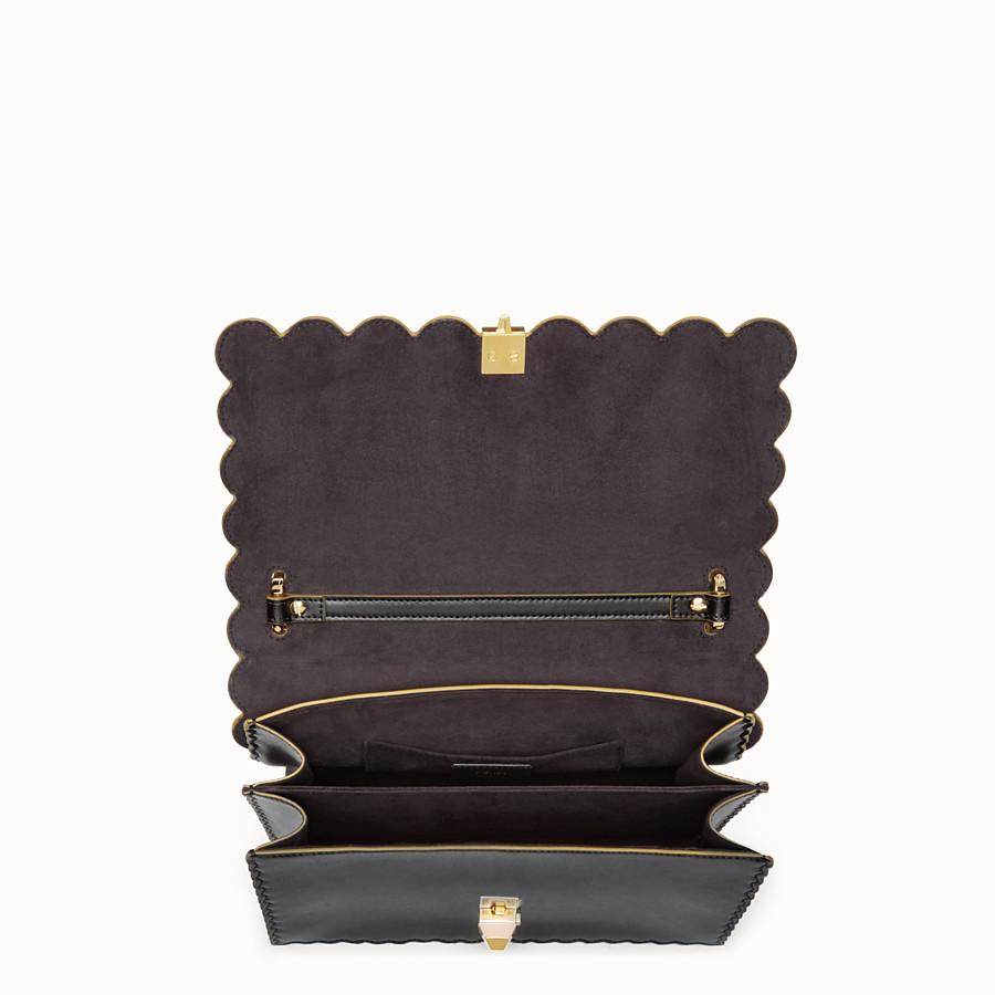 FENDI KAN I - Sac en cuir noir et doré - view 4 detail