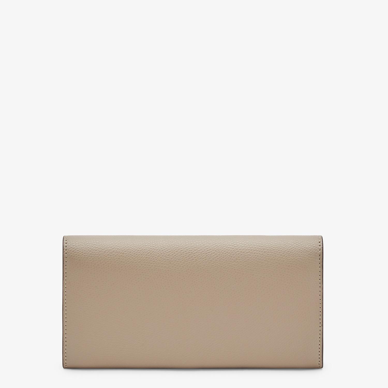 FENDI LANGES PORTEMONNAIE MIT KETTE - Portemonnaie aus beigefarbenem Leder - view 3 detail